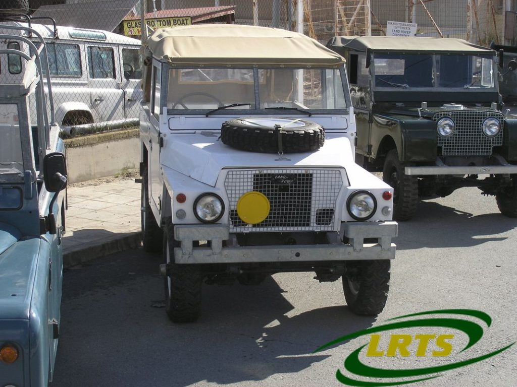 Land Rover Treasure Shop Lightweight Series III Nato White 2a