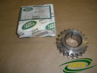 NOS GENUINE LAND ROVER CRANKSHAFT CHAIN WHEEL SPROCKET SERIES & DEFENDER PART 568333