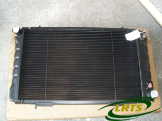 GENUINE LAND ROVER RADIATOR & OIL COOLER DEFENDER & DISCOVERY PART ESR3684 ESR1677