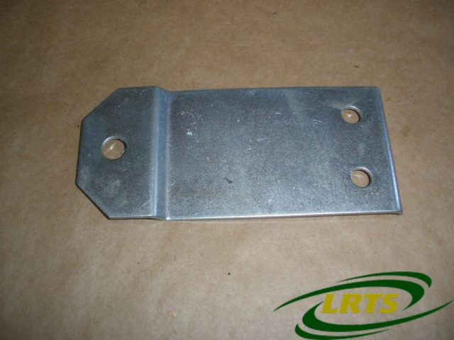 "GENUINE LAND ROVER 3 HOLE EXHAUST MOUNTING PLATE INTERMEDIATE PIPE 88"" PART 624170"