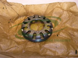 NOS LAND ROVER SERIES 1948 79 DIFFERENTIAL BEARING LOCK NUT PART 40756