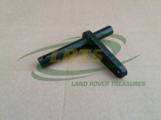 NOS LAND ROVER SHAFT AND OPERATING LEVER CLUTCH SERIES 2 2A PART 273077