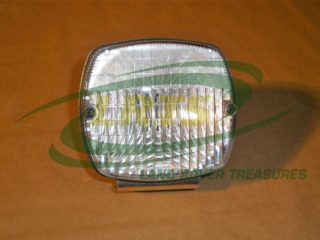 GENUINE SANTANA LAND ROVER REVERSE LAMP ASSEMBLY PART 711715