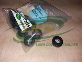 NOS GENUINE LAND ROVER TANK MOUNTING RUBBER BUSH CHASSIS TO TANK PART 90508545