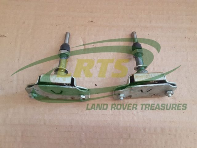 NOS LAND ROVER SERIES AND DEFENDER SPINDLE KIT WIPER MOTOR PART 605904 560887