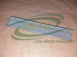 335858 DOOR SEAL RETAINER LAND ROVER SERIES LIGHTWEIGHT